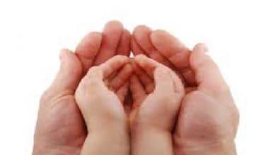 """Photo of """"Minik Ellerle Büyük Dua"""" Hikayesi"""